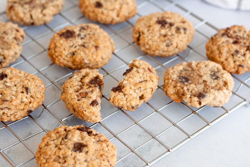 Honey Pecan Oatmeal Cookies