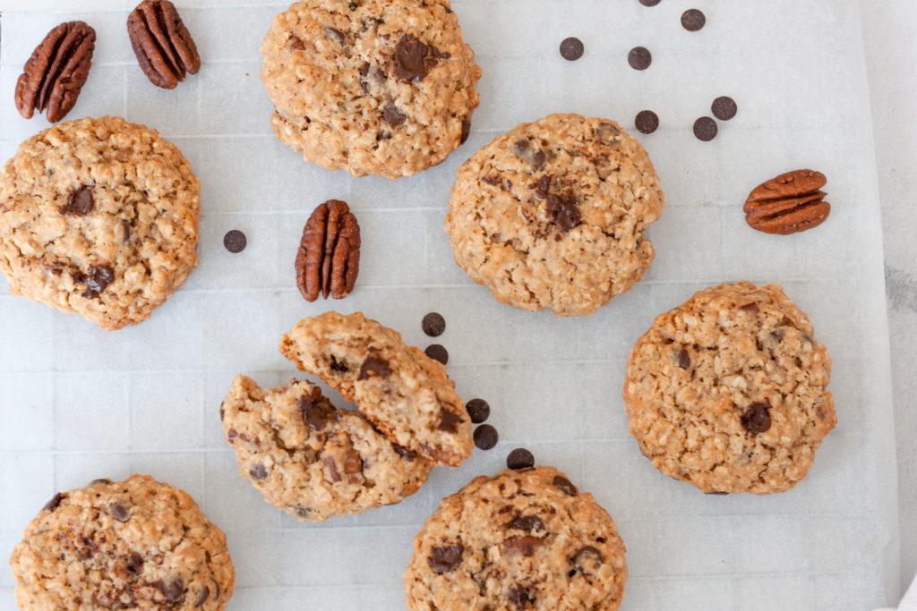 Pecan oatmeal chocolate chip cookies