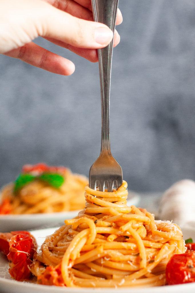 Creamy Tomato and Mascarpone Pasta